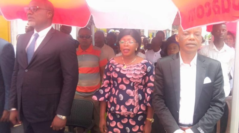 ACTU MONGALA : Serge Mongulu Mandubola, Gouverneur ai. se satisfait RENAFER Mongala
